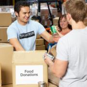 Percorsi di volontariato: Andrea vuole aiutare le persone acquistando beni di prima necessità